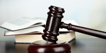 Zwecks Umgang mit der Mietkaution, gibt es Gerichtsurteile von unterschiedlichen Landgerichten und dem Bundesgerichtshof