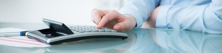 Ob für eine einmalige Geldanlage als Tagesgeld, Festgeld oder auf einem Sparbuch - der Zinsrechner für Einmalanlagen hilft bei der taggenauen Berechnung der Zinsen.
