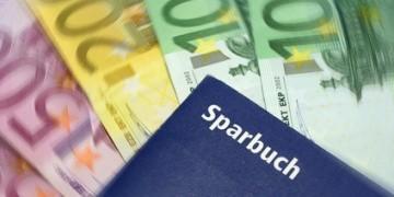 Die Kosten für ein Mietkautionssparbuch, sind im Vergleich mit niedrigen Zinsen zu hoch.